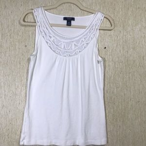 CHAPS White Tank Top with Lace Neckline, size M